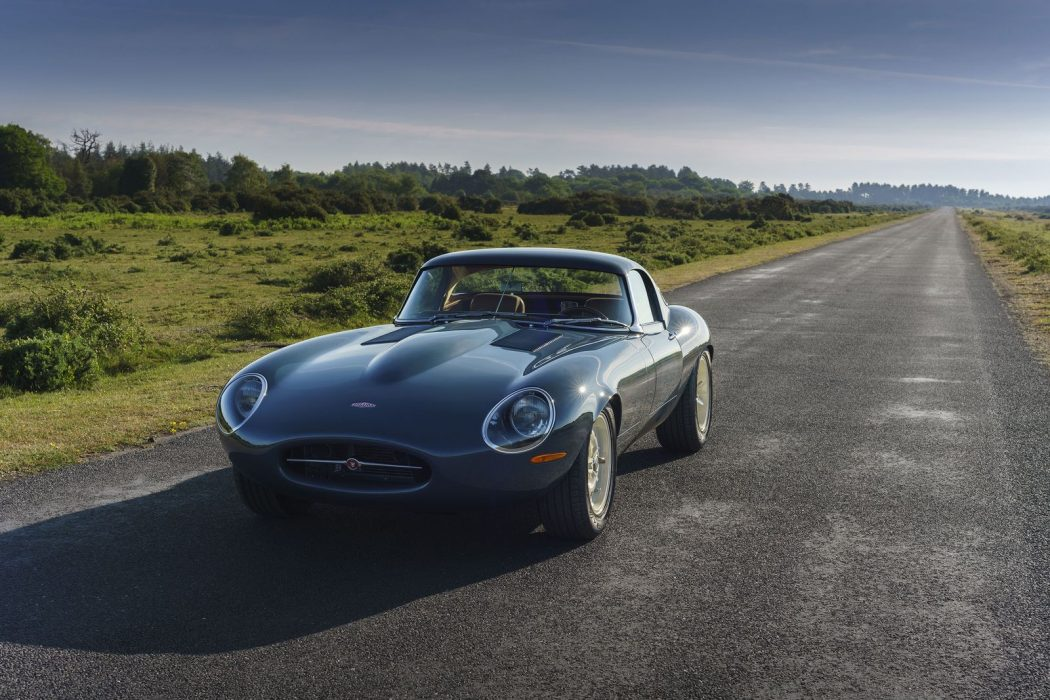 Majestic design, contemporary performance with this gorgeous Lightweight GT from @eagleetypes:  >> https://t.co/nZymrWUchB <<  #jaguar https://t.co/mJFNr2QN51