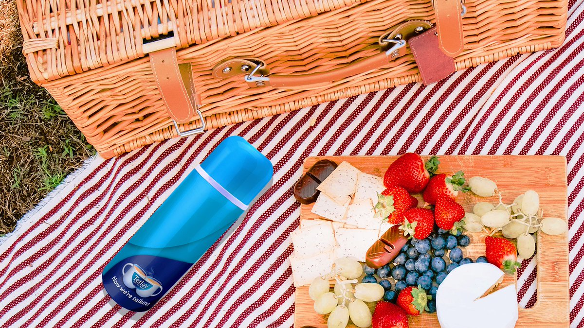 We've been thinking about enjoying a picnic in the sunshine. A flask of Tetley is an essential, but what else is in your picnic basket? https://t.co/1W0XvvpHnW