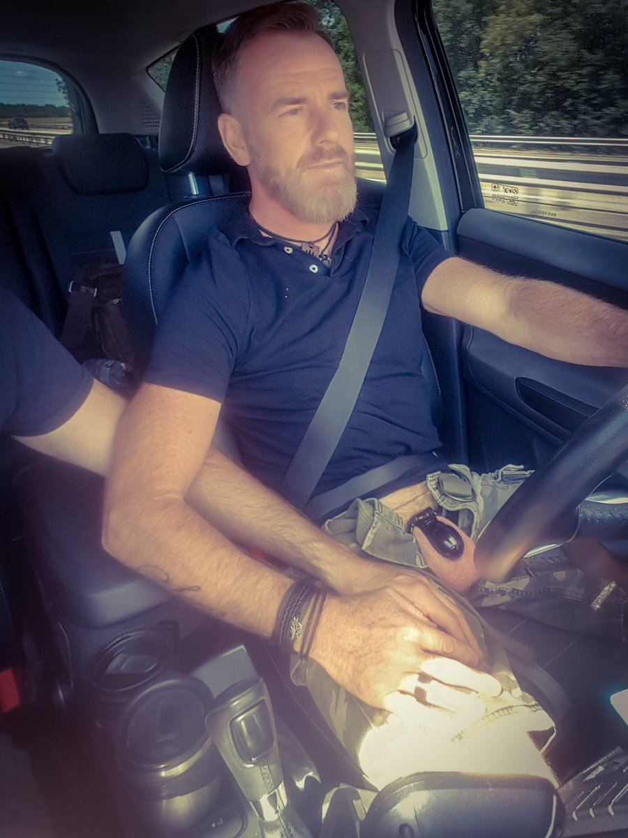 On the weekend road #teamlocked #chastity #chastitycage #malechastity #locked #bearded #gaybear #daddygay #HappyWeekend #TGIF pic.twitter.com/UNgzJOkq6l