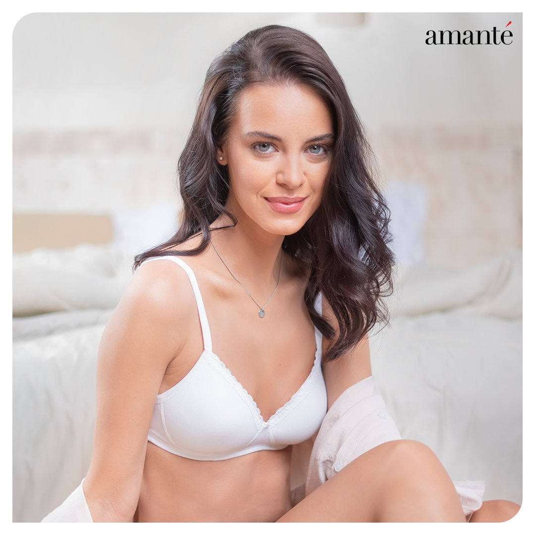 Unbelievable comfort with wirefree bliss & perfect amount of support is all one needs - This is the basic daily wear essential we're flaunting this #weekend. How about you?  #amantéIndia#Lingerie #IntimateWear #Bra #Fashion #Style #Mood #OOTD #SundayMood #Quarantine #WFH https://t.co/jZQ5mtPCvT