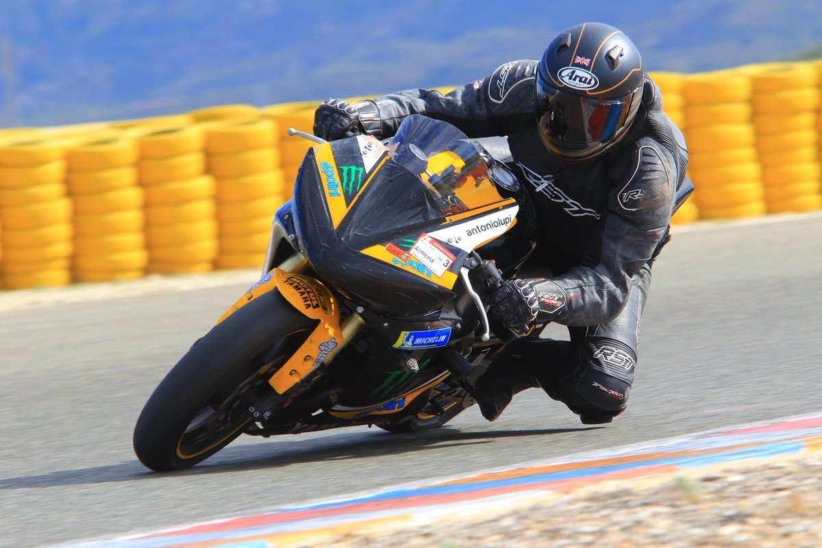 It's been 3 months now since we were in Almeria trying out Michelin's latest  track tyres, the Power Cup 2 and the Power Slick 2. Here's what we thought of them.   https://youtu.be/_bY7_RHCMDc  #FuelingYourFreedom #teammichelin #michelinonmymoto pic.twitter.com/IsldV1l4y0