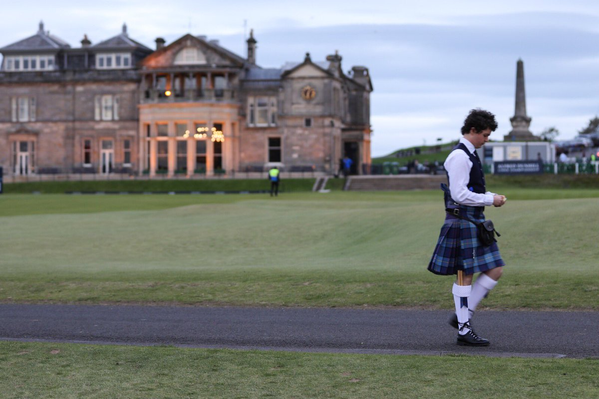 The Magic of St Andrews…….lights glow in the historic R&A Clubhouse as twilight falls at @TheHomeofGolf
