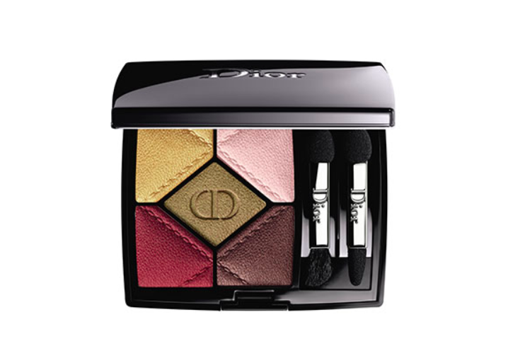 Limited edition makeup palettes have become hot collectibles for makeup enthusiasts. And Dior has some of the most desired. I'm giving away this 5 Couleurs in 837 Devilish from Dior En Diable collection. To enter, follow @davelackie & RT https://t.co/FIaSQEt2xS