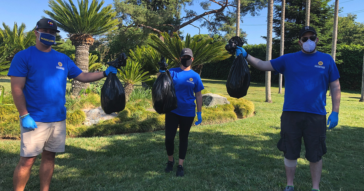 #SeaDubs front office staff took to cleaning parks, beaches, and neighborhoods all across the country for our June staff volunteer event! 🚮🗑️  #HelpingHands #WarriorsintheCommunity #NBATogether #ActsofCaring https://t.co/2oR4W1uK9C