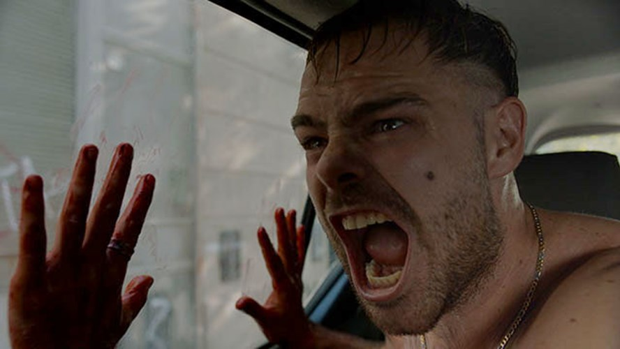 """Blue Fox Subsidiary Red Hound Films has acquired North American rights to Mariano Cohn's Argentinian locked-in-a-car thriller 4x4 as part of a five-film shopping spree."" OMG se esta planeando su estreno en Estados Unidos para 2021!! <br>http://pic.twitter.com/NPgF2jMEhd"