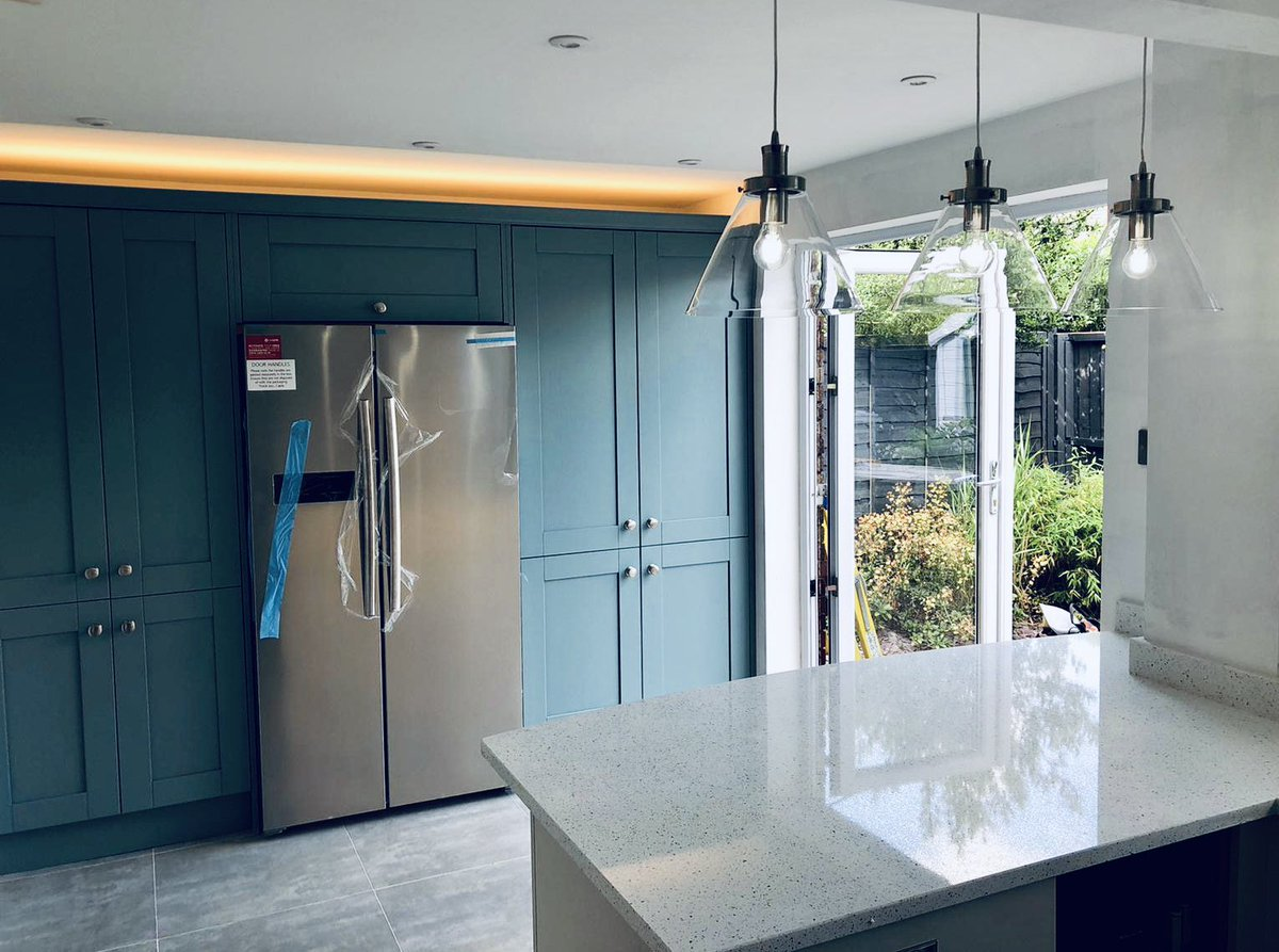 Our customer had a beautiful new kitchen from which we fully rewired. We put in @JCCLighting LED spotlights, LED pelmet lights, brush chrome switches & sockets. We also installed their feature light & connected all of their new appliances.  #electrician #cheshireelectrician #led https://t.co/a1E6LjYzpr