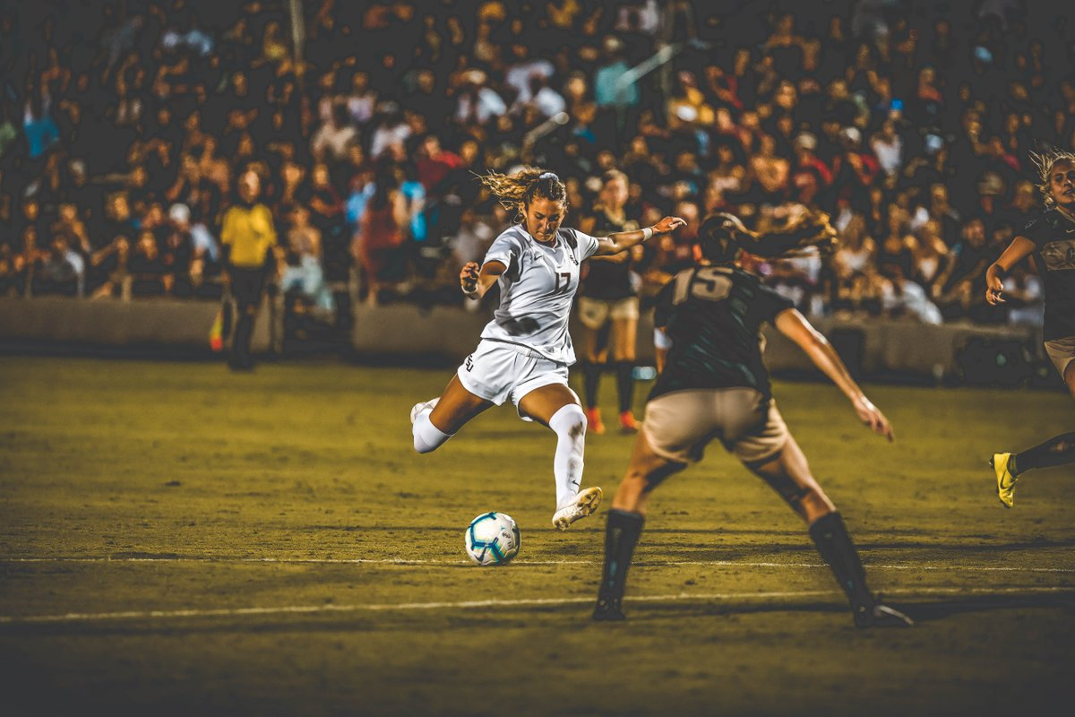 We miss *kicking* it at the Seminole Soccer Complex 💔  📸 Best of @FSUSoccer photos https://t.co/qbMgRAlTGa