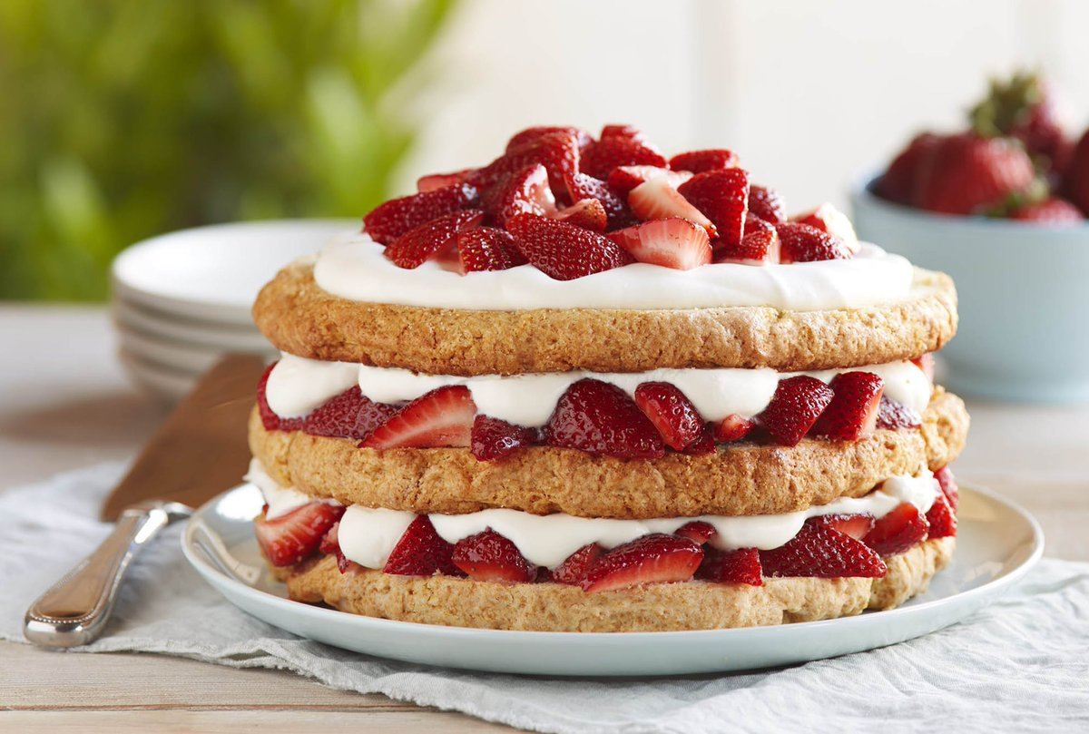 This season, show us your #shortcake and enter to win! Tweet your #berry shortcake pic with #BerryTogether and #Sweepstakes for a chance to win a Driscoll's gift card. Full details here: https://t.co/8oF7quPiuS https://t.co/IV2XlBwewL