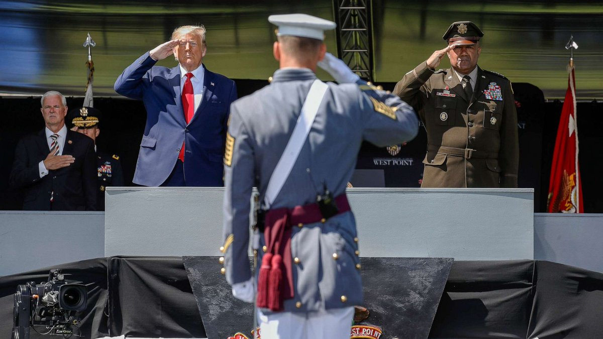 Trump stood in front of West Point graduates while knowing that Russia had bounties out on American soldiers. https://t.co/k4UgckdbSD