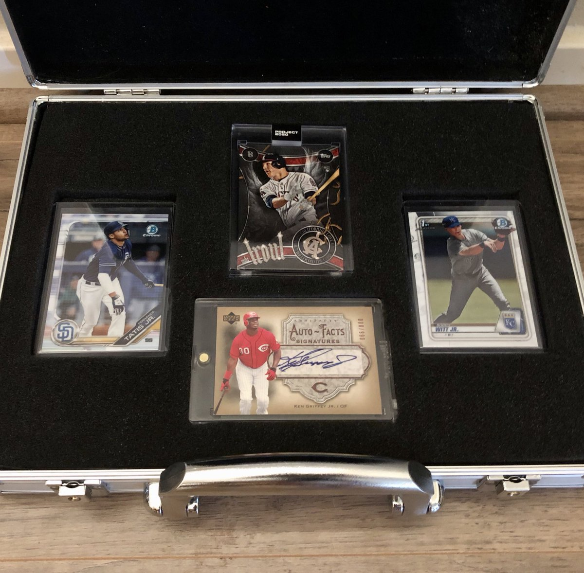 Mega Giveaway!  Flawless Briefcase  Griffey Jr Auto Project 2020 Trout  Follow & RT to enter Randomize list 3x for winner Ends 7/10/20 https://t.co/aCBl0tVcqn