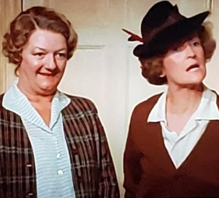 @JoanHicksonFans @CarryOnJoan @carryonfilmsltd @carryonbook @ThatsCarryOn @carryonforever @COConfi @CarryonQOTD @CarryPodcast @BritComSociety @CultOfBritCom Only to appear together again in BBC Miss Marple, A Murder is Announced (I couldnt find a photo of them together)