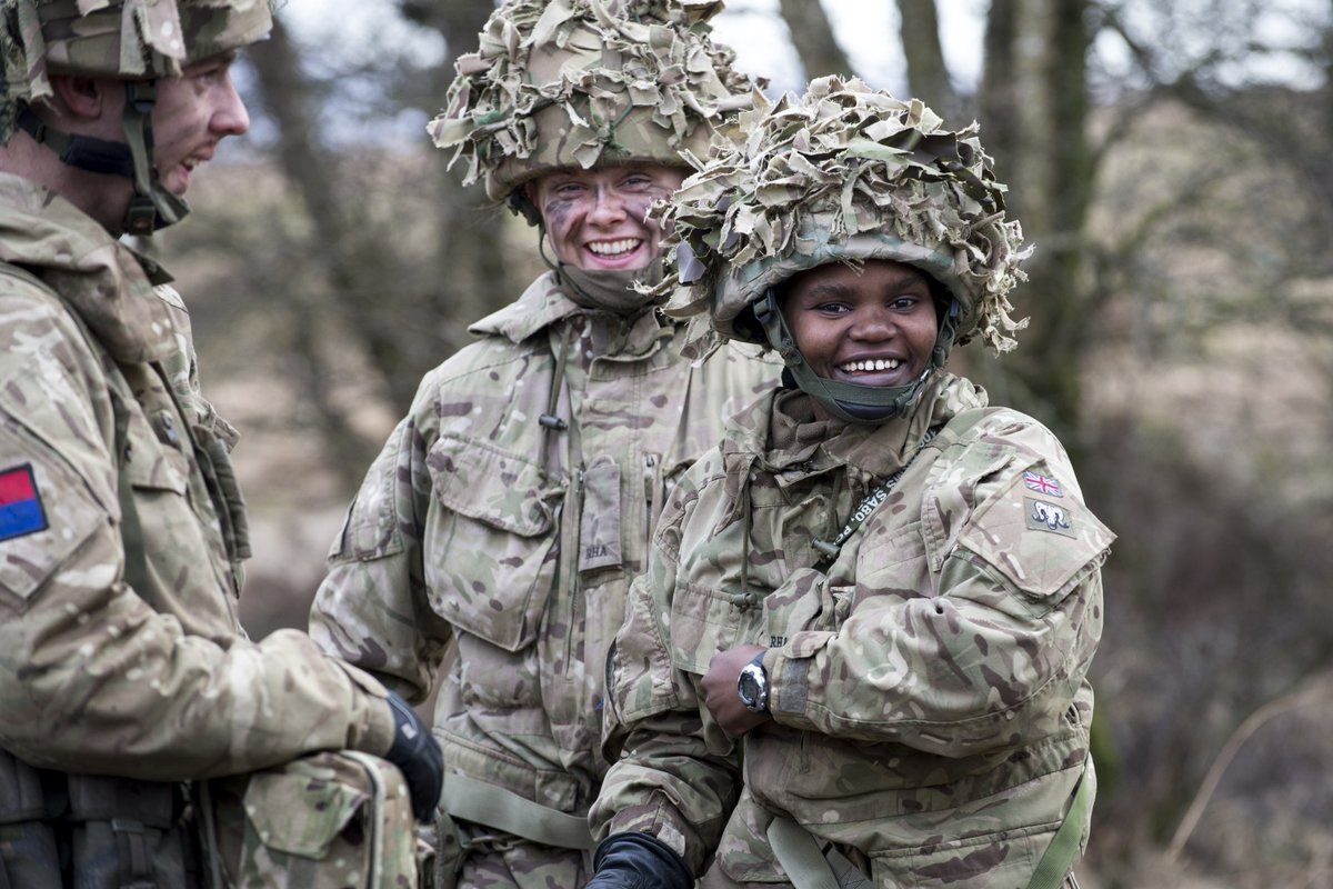 Welcome to #ArmedForcesDay 2020! Join us today on our channels to learn about and celebrate the work of the UK Armed Forces 🇬🇧  #SaluteOurForces https://t.co/zSeVaHRBM4
