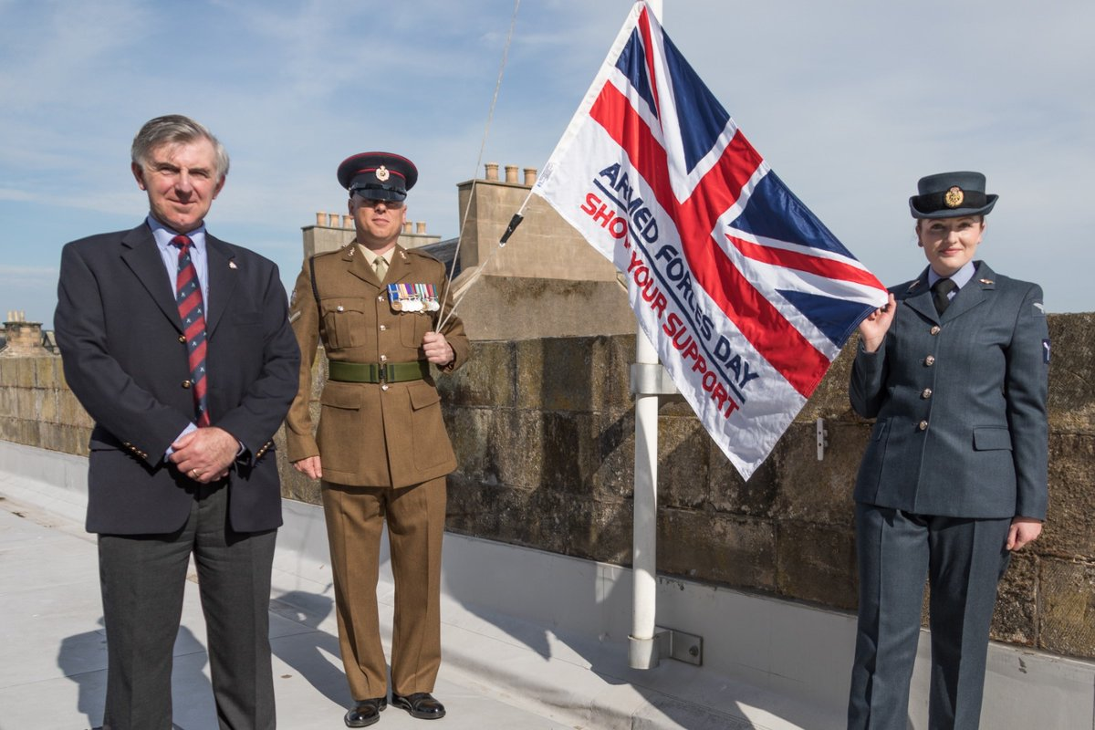Armed Forces Day has been marked in Moray with the raising of the dedicated flag.   Moray Council's Armed Forces Champion, Cllr Donald Gatt, hoisted the flag above council headquarters in Elgin, accompanied by LCpl Robinson from 39 Engr Regt and SAC Audin from RAF Lossiemouth. https://t.co/qOV9sLLx6D