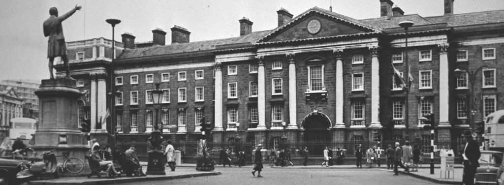 The fact that Trinity College was not taken in Easter 1916 can largely be credited to the defensive actions of colonial soldiers, including New Zealanders. The Rising, and the war that followed, put the New Zealand Irish in an invidious position. https://t.co/YhhC6UGob9 https://t.co/8ApSBgnhK1