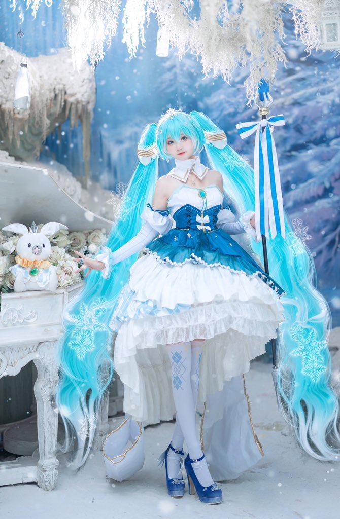 #雪ミク  #cosplay  #miku    2019Snow Princesspic.twitter.com/MHCOfEt5Ab