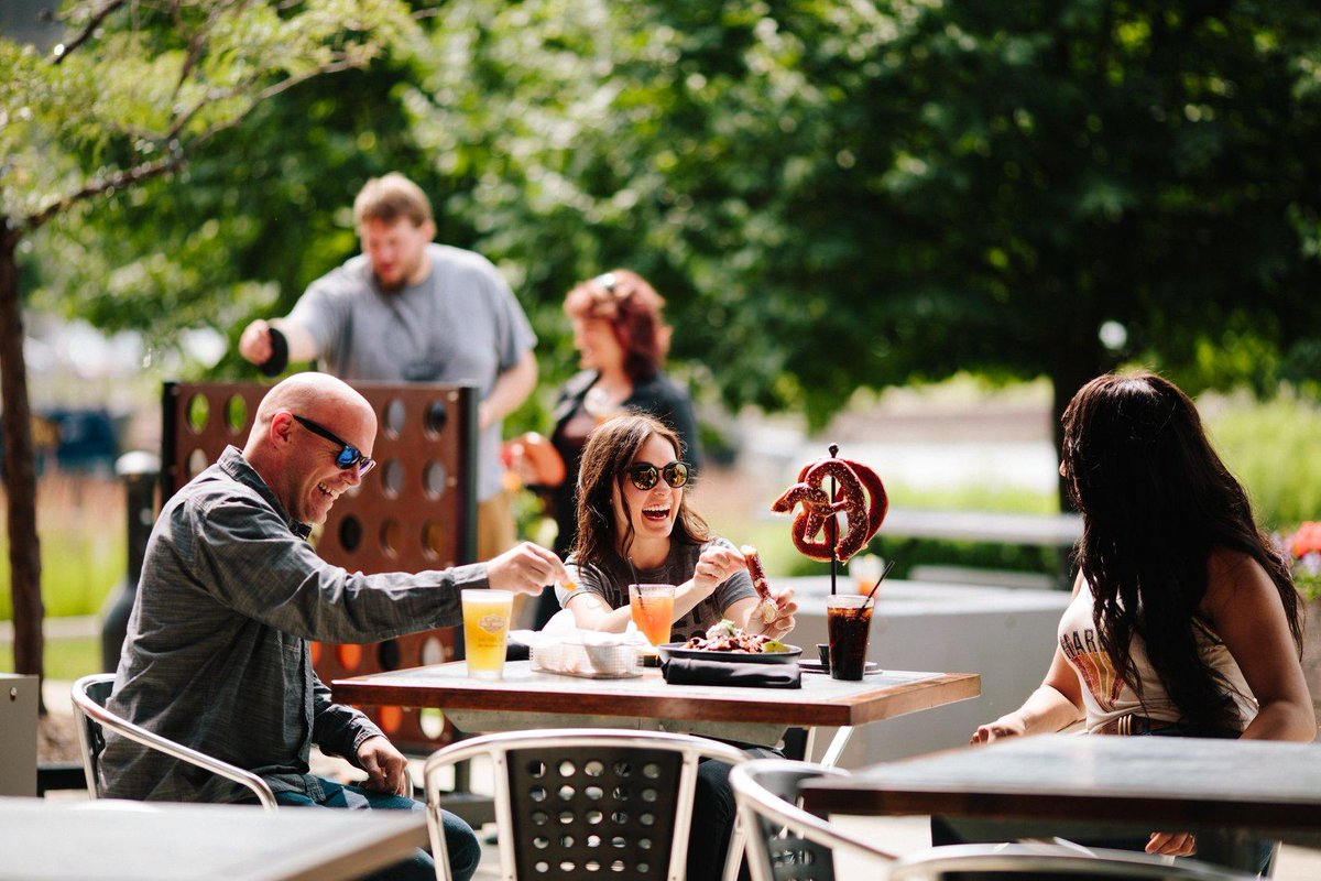Looking to dine al fresco? Grab a friend or three and join us on one of MOTOR Bar & Restaurant's two riverfront patios.   #HDMuseum #HarleyDavidson #MOTOR #mkefood #outdoordining #patio https://t.co/z08iSj4Ug4