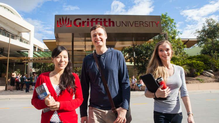 Passion for #education, degree and #skills is the key motivation   #aussieED @AcaraEduAU @NSWeducation #auspol #Straya #ausuni #edutweetoz @NSWSLI #NSWDoE @DoE_Science @STANSW @Education2040 @CurriculumNESA @teachNSW @NewsAtNESA  https://www.brisbanetimes.com.au/national/queensland/why-one-of-the-oldest-academic-pursuits-is-still-relevant-today-20200626-p556dv.html…pic.twitter.com/nBRKLEvUZP