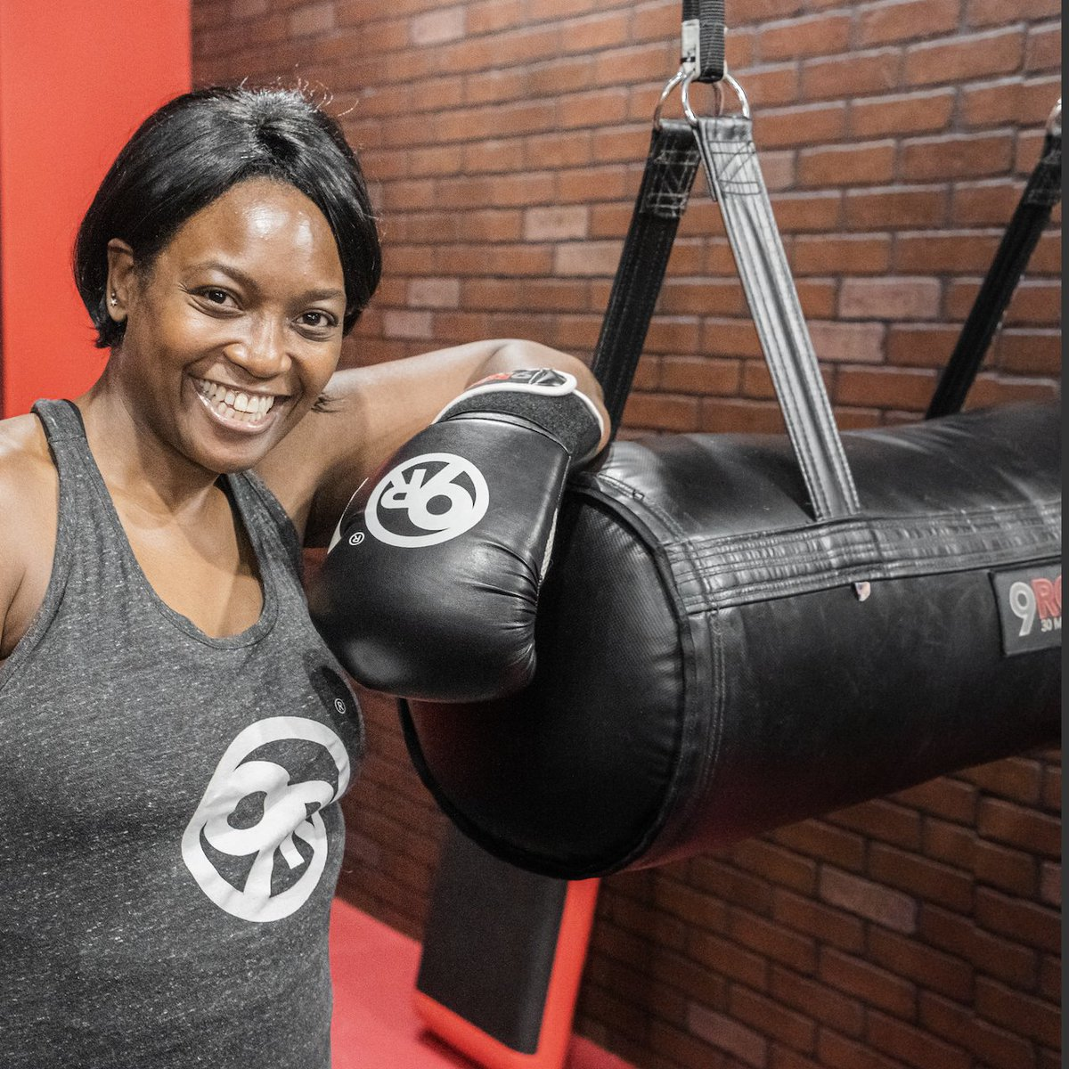 What can we say? Sometimes a quick, 30-minute 9Round sesh' is all you need to boost your mood! 😁  RT if you agree! 👏  #9Round #9RoundFitness #9RoundNation #Workout #Fitness #HealthAndFitness https://t.co/1cb4elmJ94