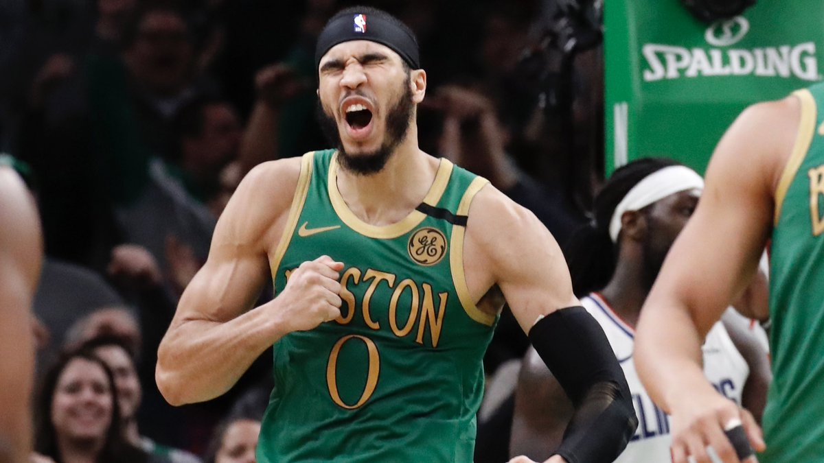 Jayson Tatum (209 games) is 1 of 4 players to have at least 3,000 points, 1,000 rebounds and 150 3's made before age 22.  The other three? LeBron James (266 games) Kobe Bryant (266 games) Kevin Durant (236 games)  Jayson Tatum is special. https://t.co/YrxX7NNQ4B