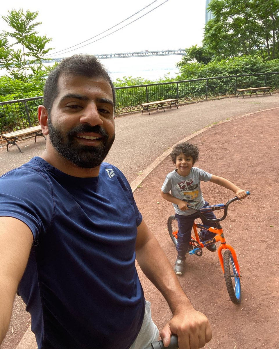 What a better way to spend the weekend morning  #DadsCare #NewYorkpic.twitter.com/xK3zR5pn9g  by Mohamad el chawli