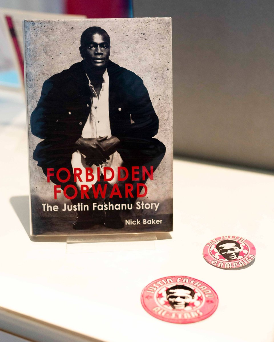 These objects were added to our LGBTQ touring exhibition by @MilleniumLib to highlight local LGBTQ histories & connections. They focus on Justin Fashanu, the first professional footballer in England to come out as gay. Read more of Fashanu's story: ow.ly/gGyQ30qTFq6 #Pride