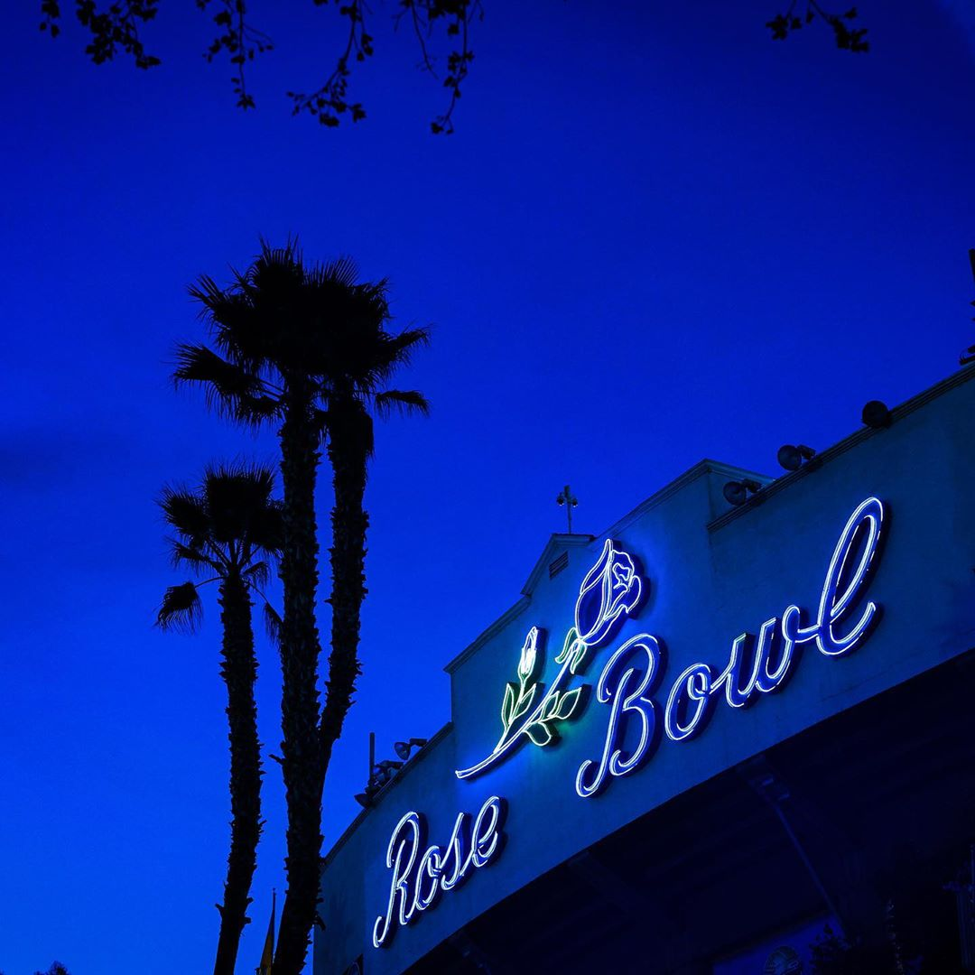 Discover Los Angeles On Twitter The Rosebowlstadium Parking Lot Turns Into One Of La S Best Movie Theaters When The Tribeca Drive In Rolls Up Every Weekend In July Admission Prices