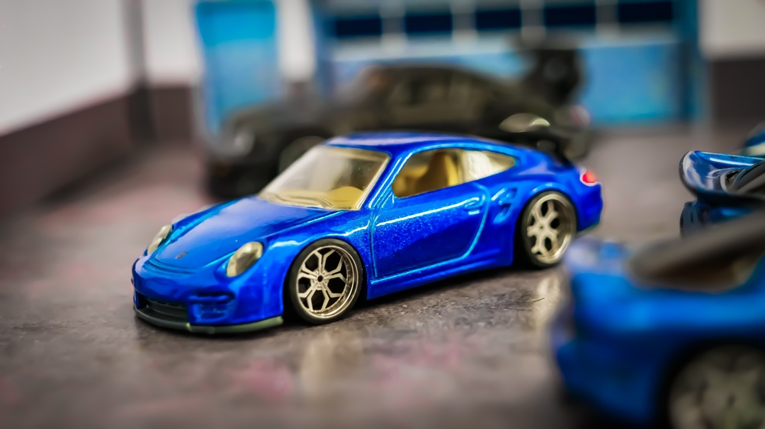 GT2 in blue  what colour Porsche do you have in your garage?  #hotwheelscollector #hotwheelsofficial #hotwheels #hotwheelsaddict #hotwheelsphotography #hotwheelspics #smallcargaragepic.twitter.com/opUb0ST8gC  by SmallCarGarage