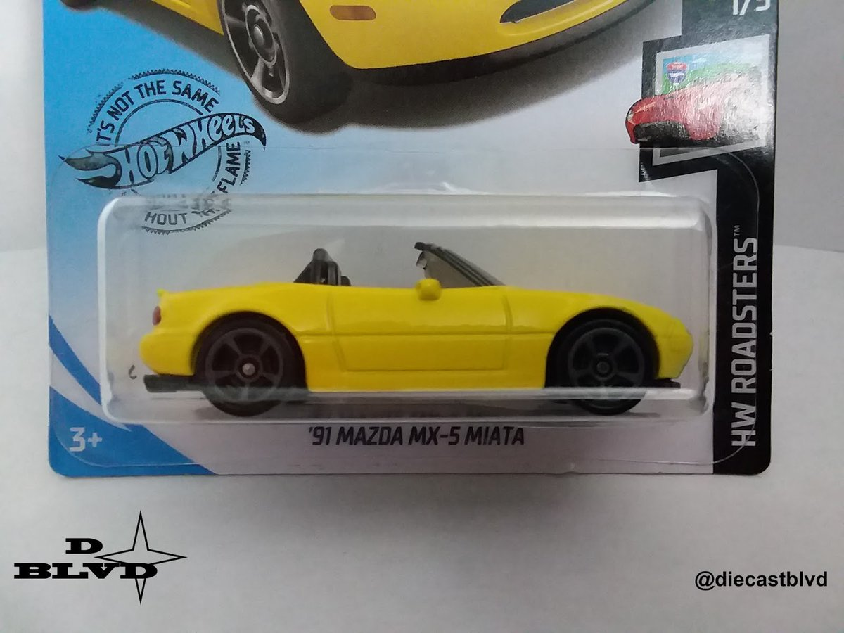 Dat yellow tho! This #mazda #mx5 #miata is one of the many great cars you could possibly find at #Target. Have a great and safe weekend everyone! #DiecastBLVD #hotwheels #hotwheelspics #hotwheelscollector #hotwheelshunting #164scale #diecast #collectible #mattelpic.twitter.com/EZcDXzXbjR  by Michael M