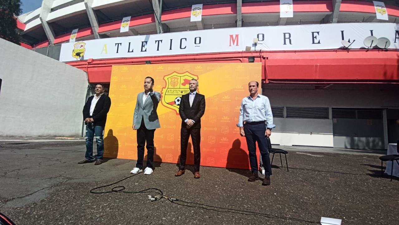José Luis Higuera compró el nombre de Atlético Morelia a Tv Azteca y asegura que utilizarán los colores y uniformes tradicionales del club