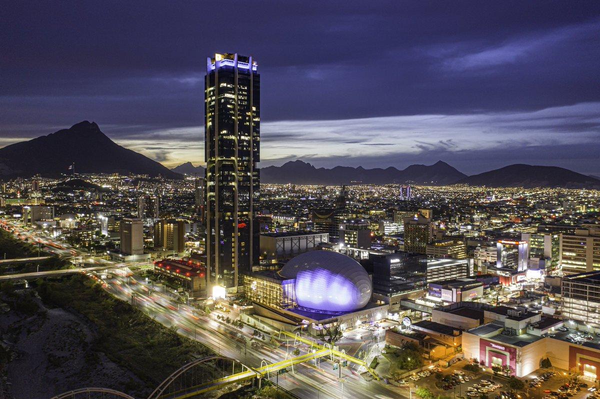 Pabellón M es un complejo ubicado en Monterrey, Nuevo León.