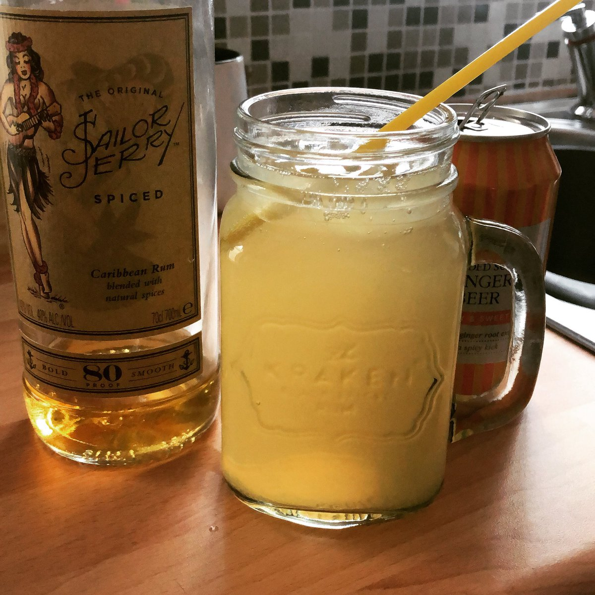 Ninety hundredth and eleventy night in with the girls! #lockdown #rum #gingerbeer #wellmeetagainpic.twitter.com/K0GxjXTpkk