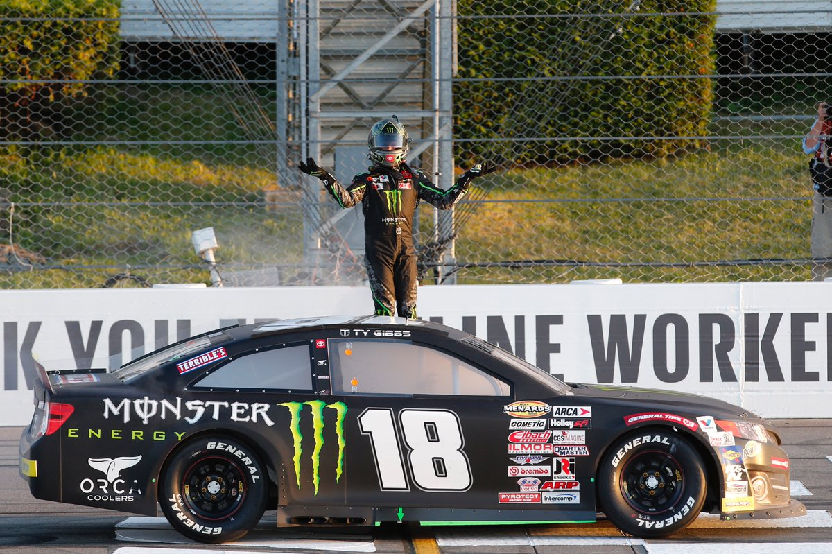 V I C T O R Y 🏆 17-year-old @TyGibbs_, grandson of Joe Gibbs, secures his first win in Pocono in his first superspeedway start!!  #Motorsports #Racing #MonsterEnergy https://t.co/oErSoQhaA1