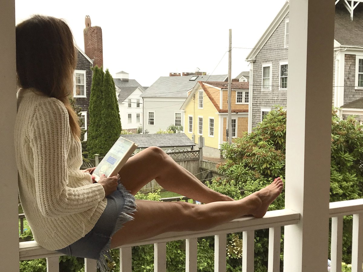 A lazy, rainy weekend afternoon opens up the opportunity for some rest+relaxation. Reading is one of my favorite activities. And, I hope to challenge someone to backgammon this evening too! What about you? What do you like to do? #SaturdayMood #weekendvibes #relaxation #IAM<br>http://pic.twitter.com/F8m1nw64CX