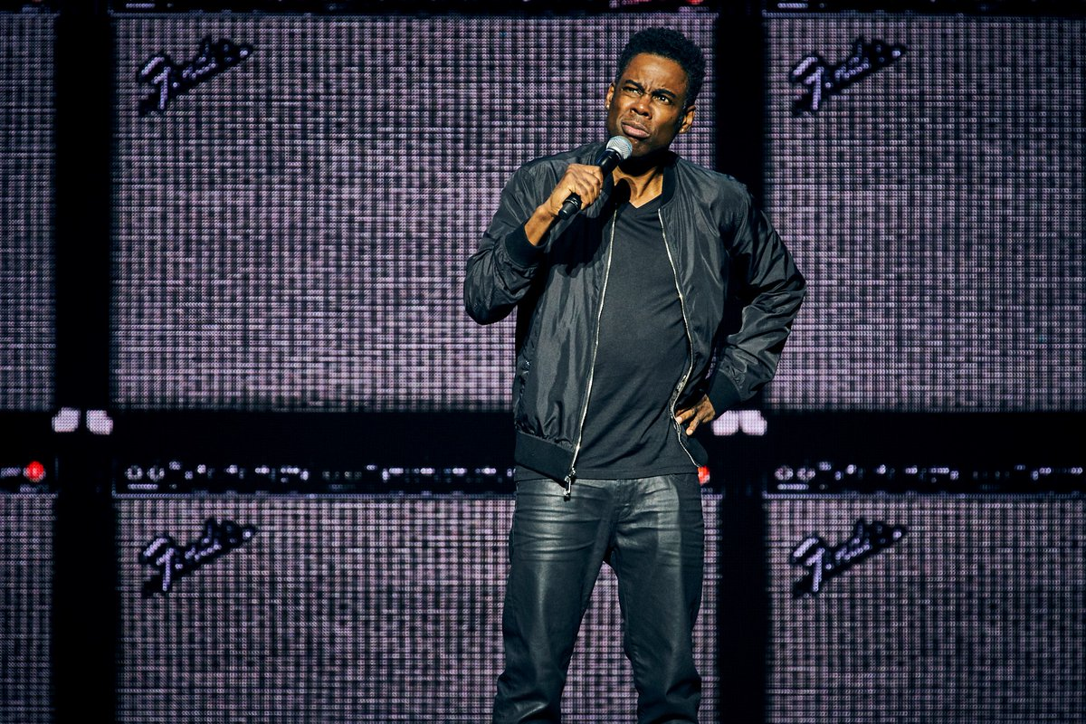 #reLIVEthelive On this day back in 2017, @chrisrock SOLD OUT @qudosbankarena.  Grammy & Emmy Award winning comedian, actor, director, writer and producer, returned to Australia for his first tour in over 9yrs - on his all-new tour THE TOTAL BLACKOUT TOUR. #chrisrock #onthisday https://t.co/9cijVsyQxZ