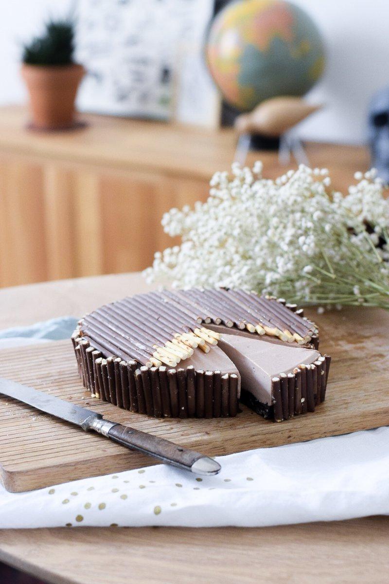 "NEW ! ""Cheesecake tout choco (base Oreo et déco Mikado) https://t.co/vTCU7rtfs9 #cheesecake #recipe #chocolate https://t.co/toMqDepAdt"