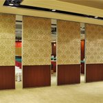 Image for the Tweet beginning: Stylish Funtional #Movable #Partition Wall