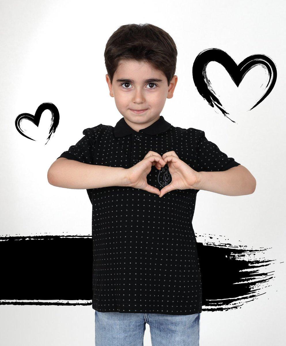 Siyah-beyazsevgiyle atan minik kalplere ❤️⚫️⚪️  Alışverişiçin:https://t.co/XZk0qdFYOK https://t.co/SMwklXeEol