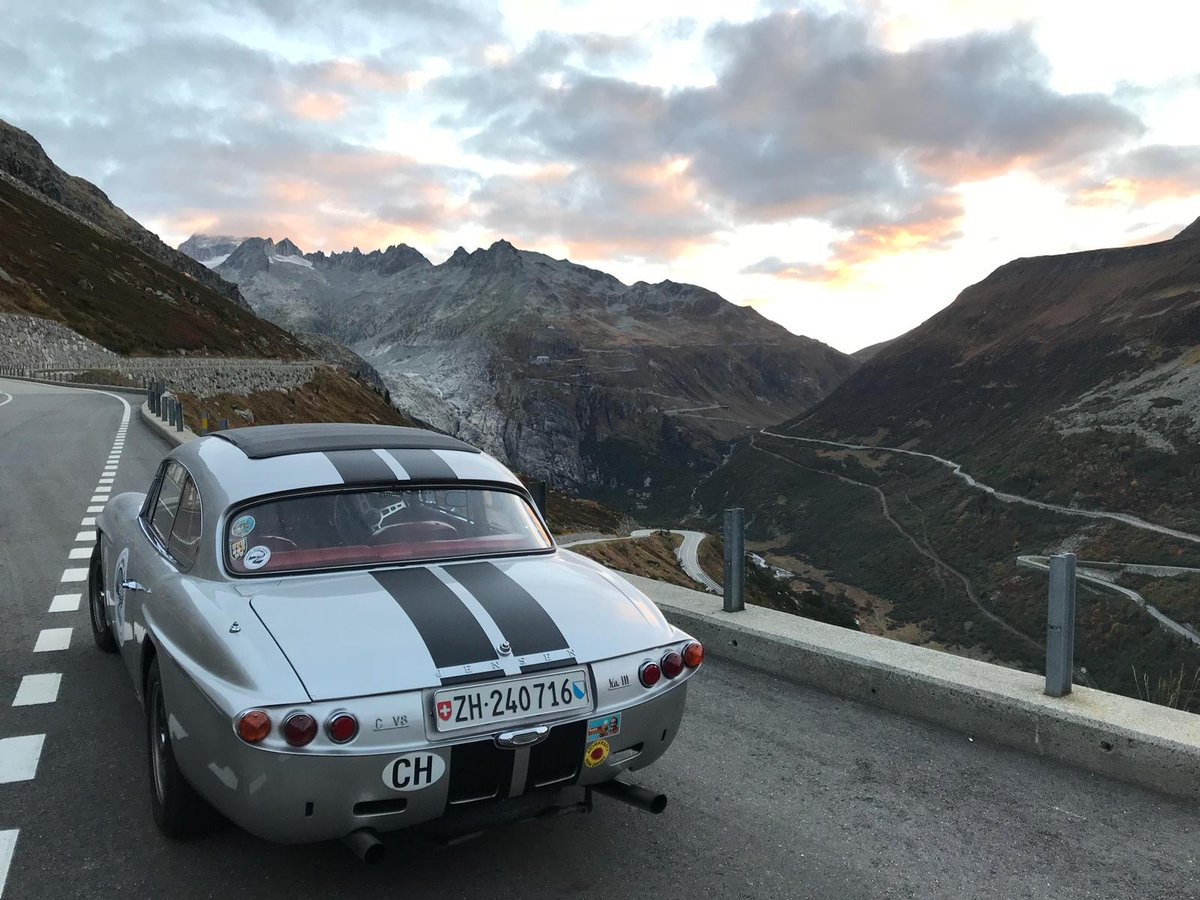 LienhardRacing on Tour ⛰️ next weekend. #Jensen Car Club of 🇨🇭 Switzerland & guest club #Triumph Swiss.  It's my great pleasure. Thank you very much for inviting me. © by  Jensen Car Club of Switzerland https://t.co/C3NcRfI0Ou