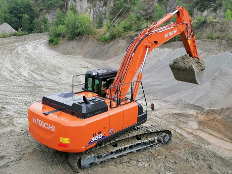 """Authorised French dealer Cobemat delivered this #Hitachi ZX350LCN-6 #excavator to a customer last week.  """"It will be used to load dump trucks and a mobile crusher at the foot of the hill,"""" they said. https://t.co/9cfPHpEwWJ"""