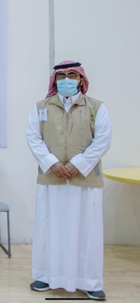 أبرزت لنا جائحة #كورونا العديد من القدرات الوطنية الصحية المؤهلة صاحبة الكفاءة العالية و التعامل الراقي و الخُلق المميز، من أولئك الأخصائي بندر التويجري رئيس قسم مكافحة الأمراض المعدية بالتجمع الصحي في #القصيم .. بارك الله بك و بجهد زملاءك و جهود إدارة @ClusterQassim . @SaudiMOH https://t.co/zCbUNIJ3yW
