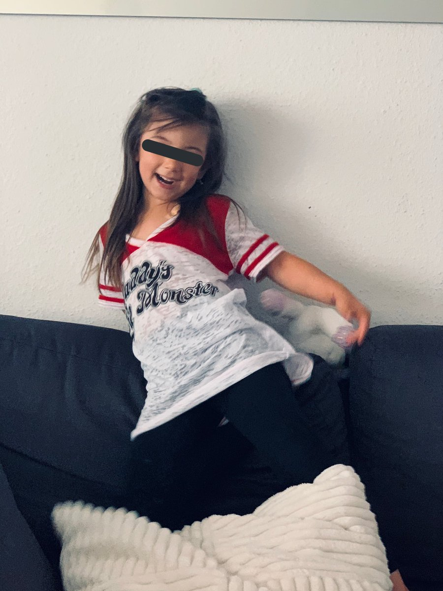 Ganz die Mama  #MiniMe  #DaddyslilMonsterpic.twitter.com/TKC7pJNkQe  by DonnaCorleone187