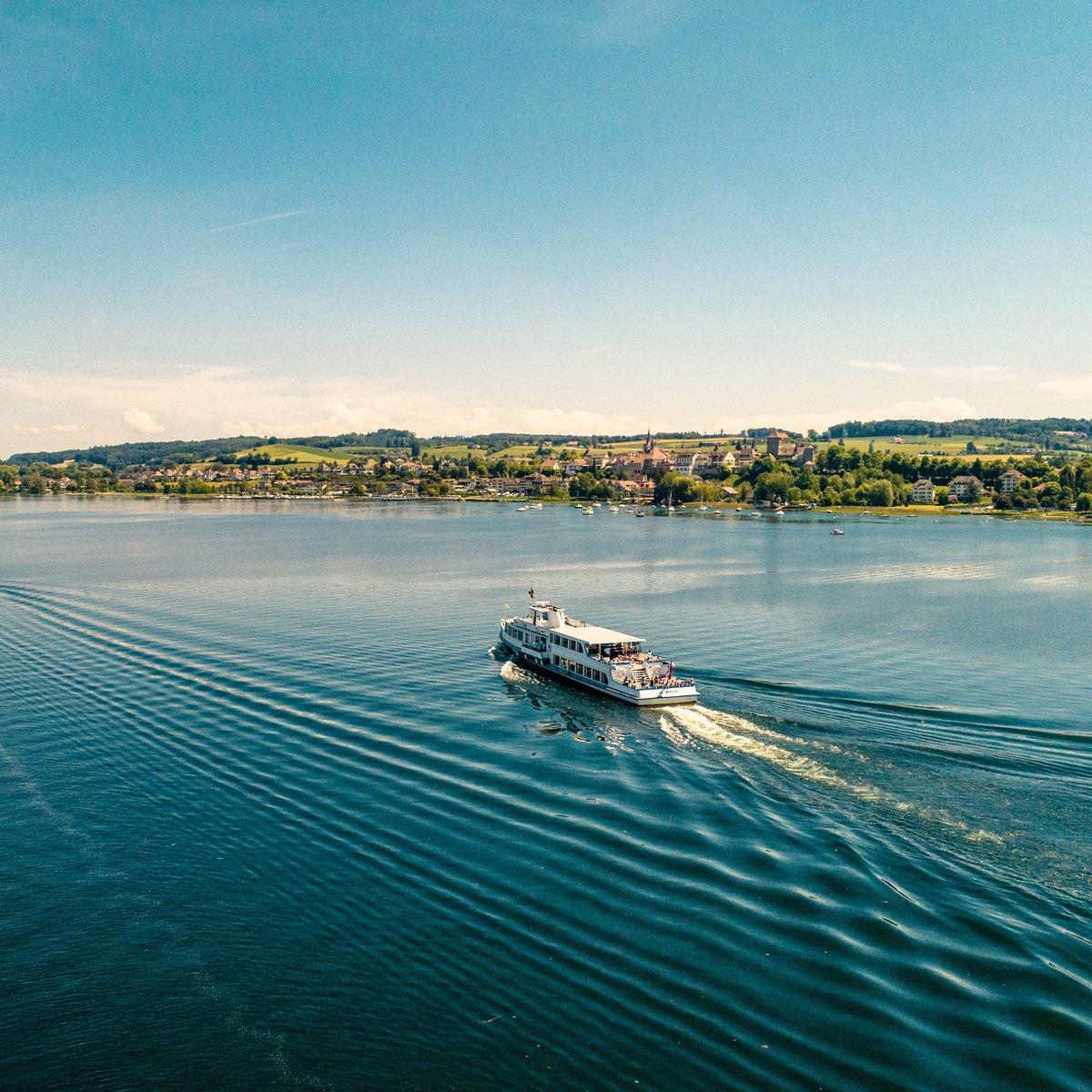🛳️ رحلة على بحيرة مورتين في منطقة فرايبورغ https://t.co/jmJqwc6JMs https://t.co/BDwcLmz34n