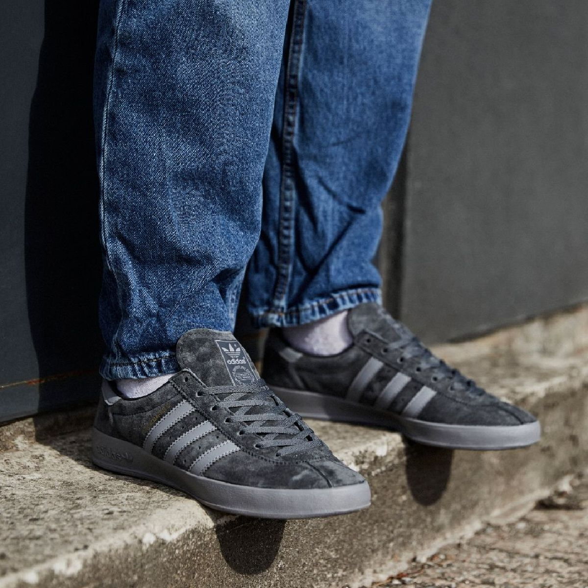 Built from the ground up 💪  Shake up your style with the @adidasoriginals Broomfield 📲 https://t.co/7UkyRpMvqx https://t.co/1M2CcFDXpe