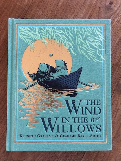 @mybookburrow This edition is beautifully illustrated 🐀🦡 #TheWindInTheWillows