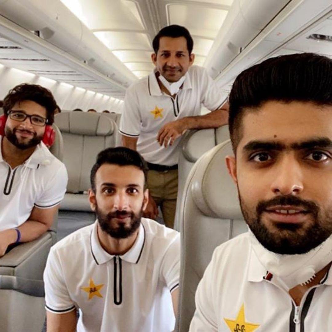 All the best boys!  #babarazam #sarfarazahmed #imamulhaq #pcb #pakistan #englandtour #cricket #pakistancricket https://t.co/JGKuipomcC