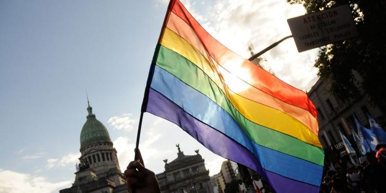 ¡Feliz día del orgullo! Viva el amor siempre.  #Orgullo2020 https://t.co/6SmK7nnM2a