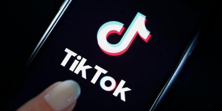 Infosec : Un utilisateur de Redit dit avoir fait le reverse-engineering de Tik-Tok et la quantité de données collectées par l'application est assez impressionnante... https://t.co/PHhbc0fcmW