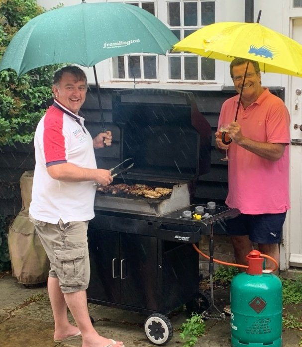 Socially distanced BBQ with my friend @WorldofDT. Only in our great country would you cook in the pissing rain. Cos you can. https://t.co/zXPypdk8O9