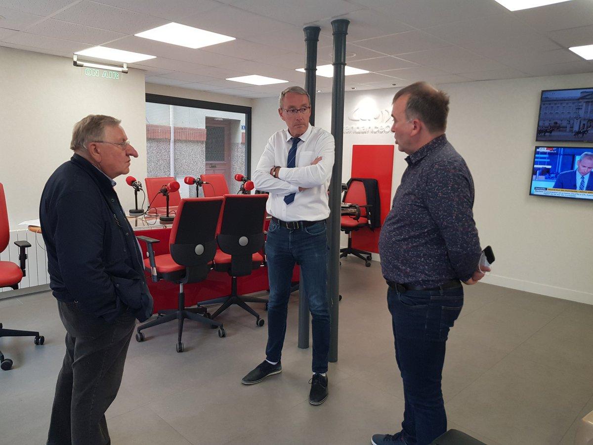 A #Alencon, en attendant les résultats, le conseiller municipal François Tollot et la tête de liste Olivier Toussaint viennent débattre dans notre studio #Municipales2020 https://t.co/5xUM9KRGsL