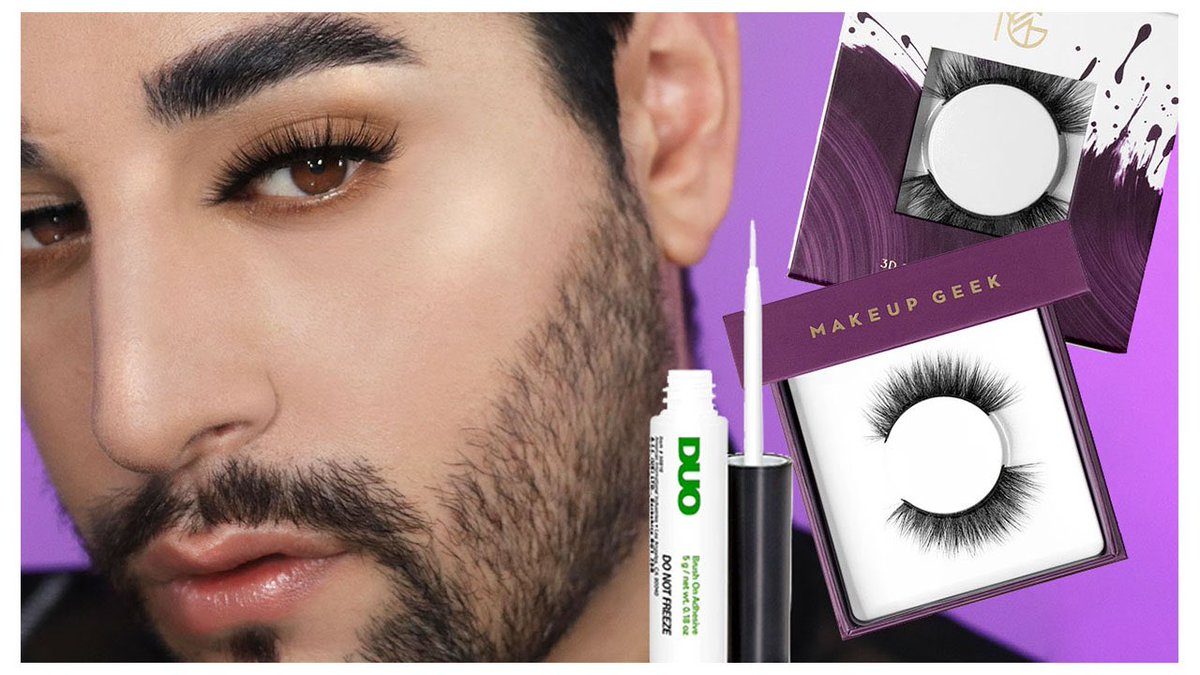 How to stick on lashes perfectly 🖤youtu.be/9QWg06LkCGo